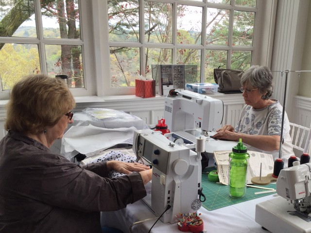 Join Us For A Weekend of Sewing In Arkansas!