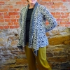 Anns cardigan sewn in a floral knit